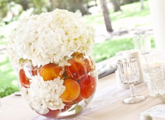 peach-wedding-theme-centrepiece