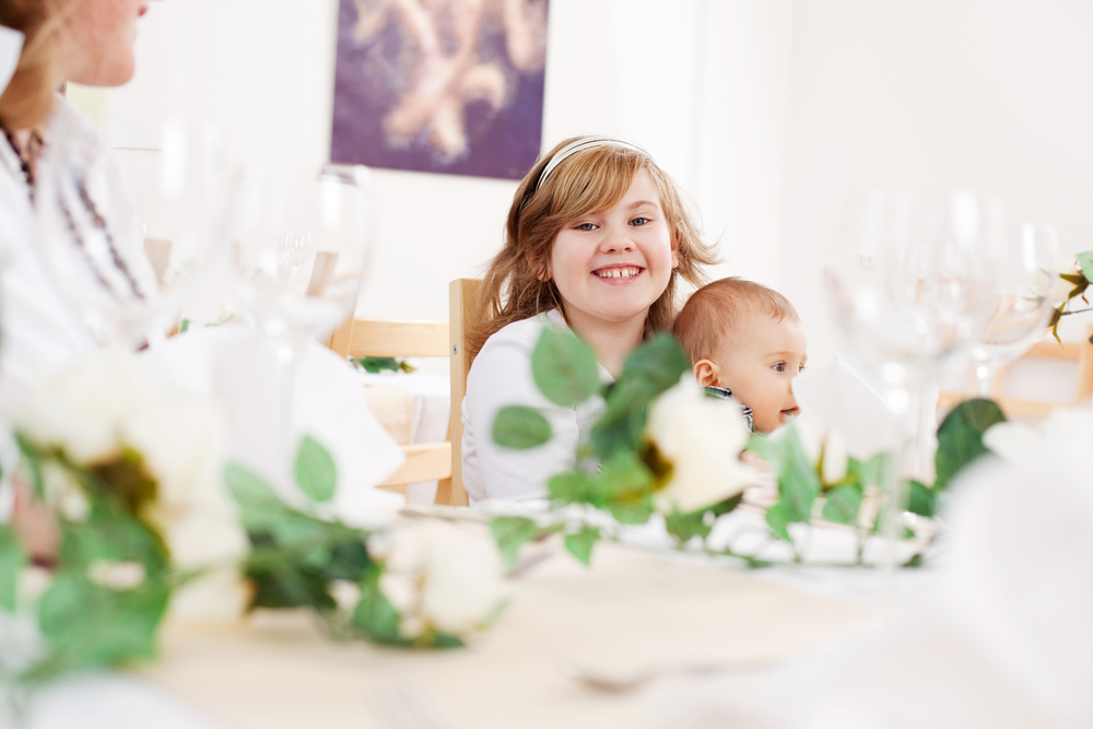 7 Incredible Ways to Keep Kids Entertained at Your Wedding