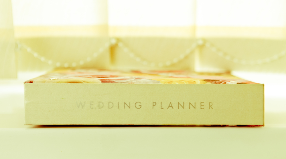 What You Need To Know About a Wedding Planner