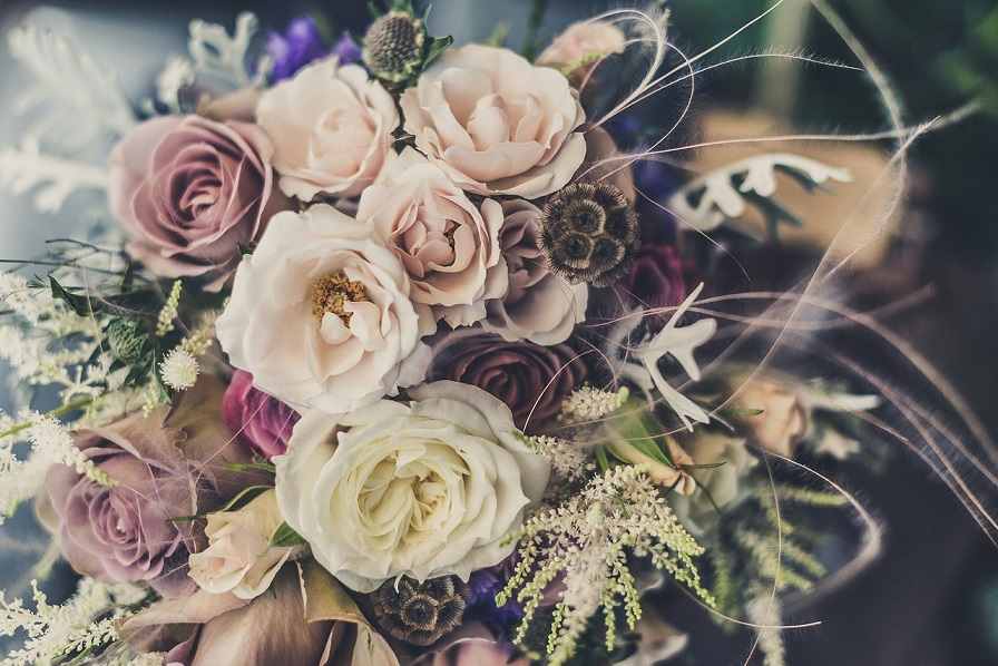 Choosing the Perfect Bridal Bouquet