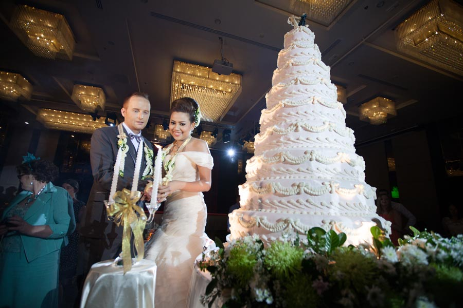 Magical Time In a Magical Land Wedding of Vicky & Paul in Maple Hotel Bangkok